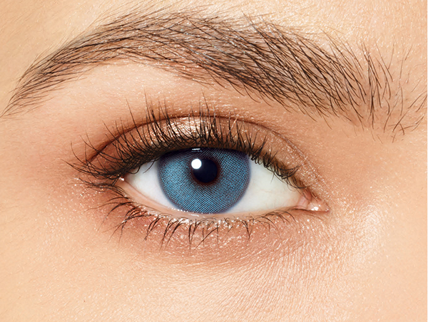 Classic Blue, the eye color of the year